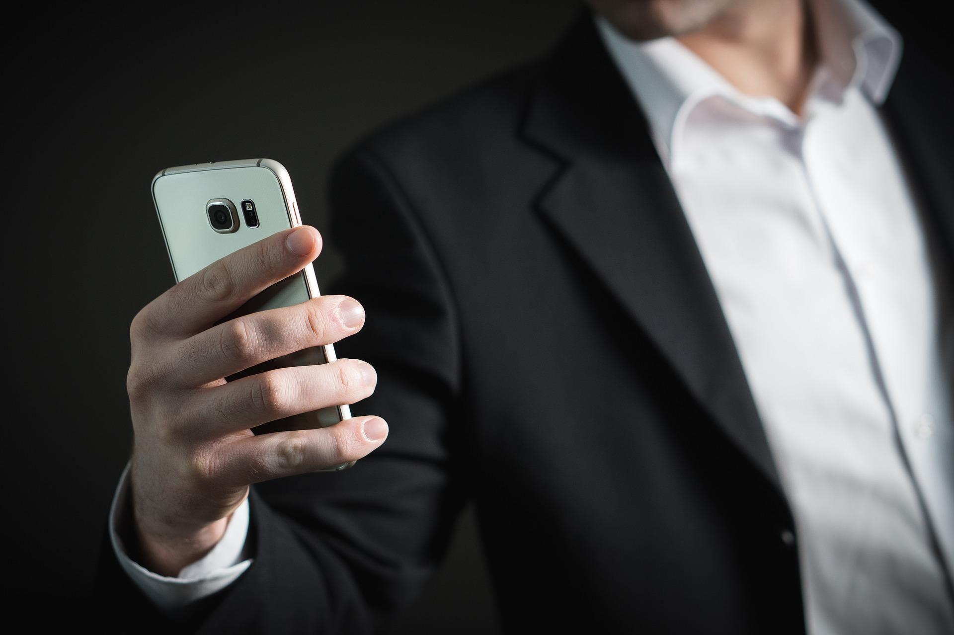 ¿Qué es la adicción a internet? ¿Qué es la ciberadicción? Preguntas frecuentes